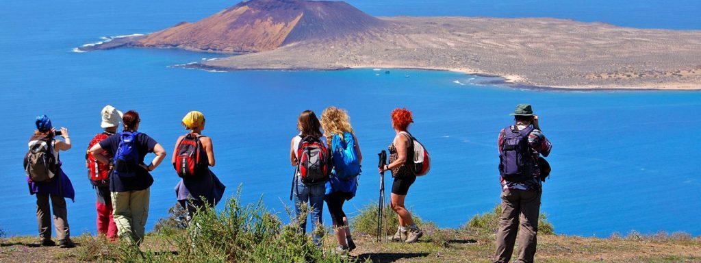 volcano trekking tours lanzarote