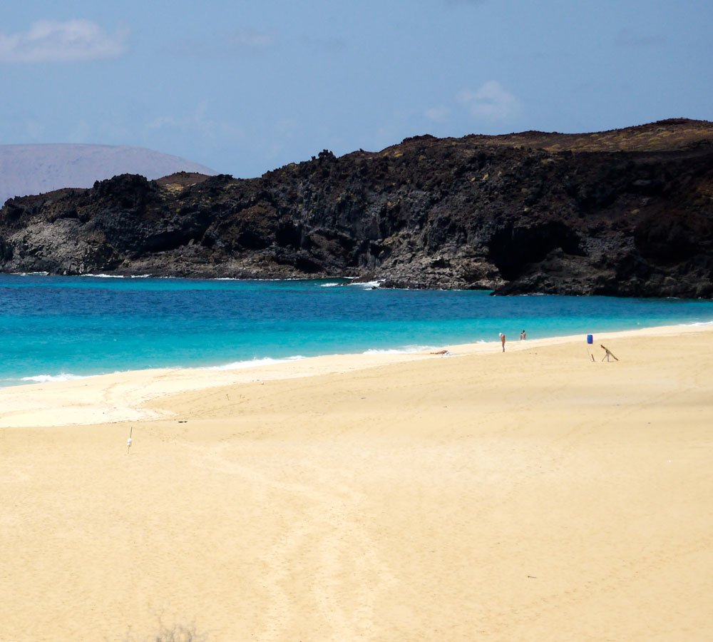 la graciosa white sand beach